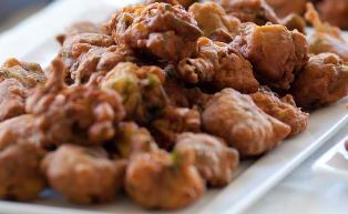 pakoras, local delicacy, india, bangalore