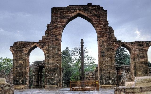 pillar, new delhi, india