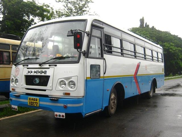 going by bus, getting around goa