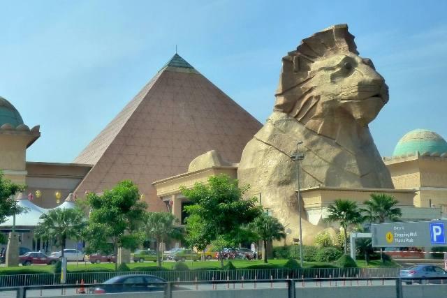 bandar sunway, malaysia, pyramid