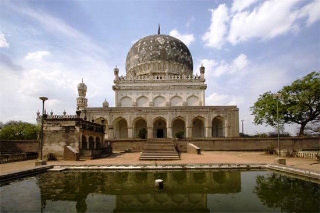 qutb shahi tombs, india, hyderabad