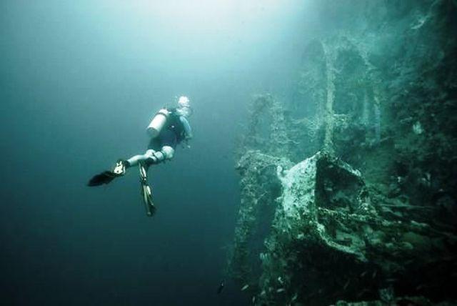 sunken, ships, palawan, philippines