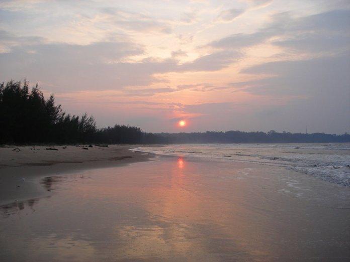 beach, brunei, muara