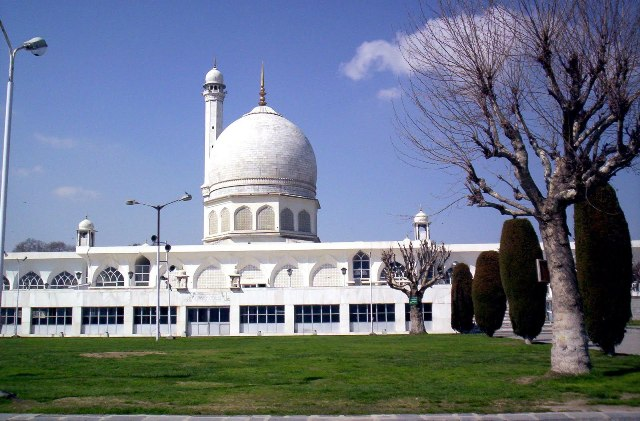hazratbal shrine, india, srinagar