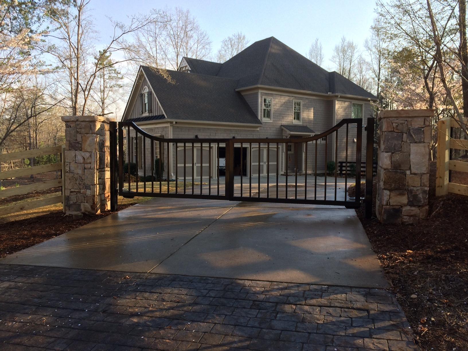 Atlanta driveway gates 16 39 custom dual swing custom for Best driveway gates