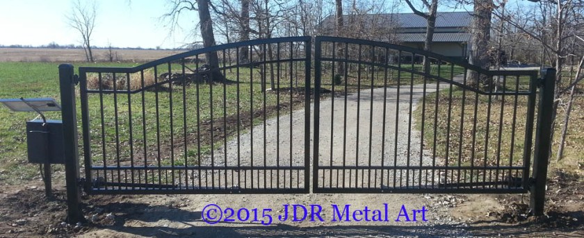Custom driveway gates designs jdr metal art for Ready made driveway gates