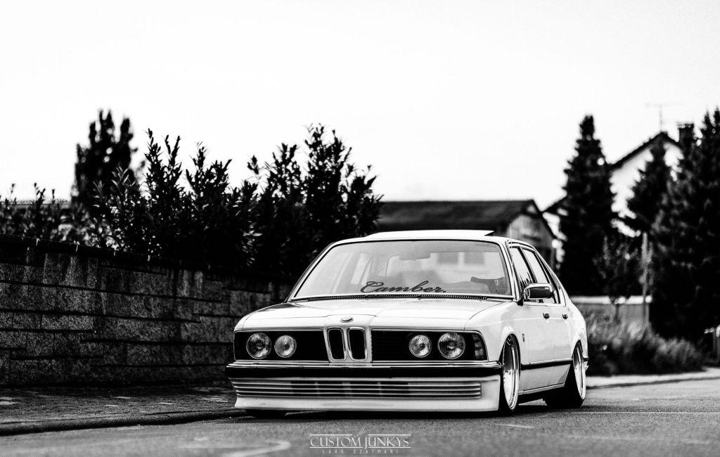 BMW E23