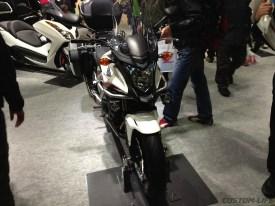 Honda CB400F 400X 01