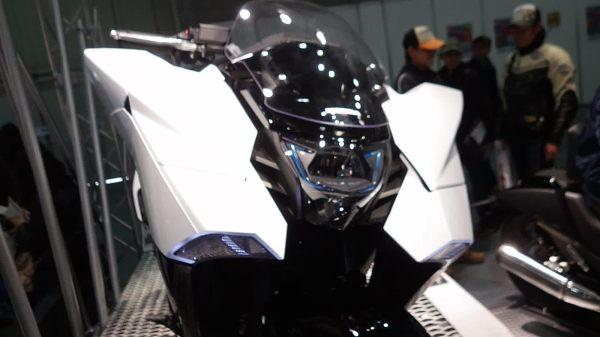 Honda NM4 Detail 17