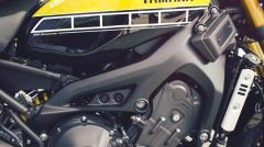 Yamaha XSR900 13