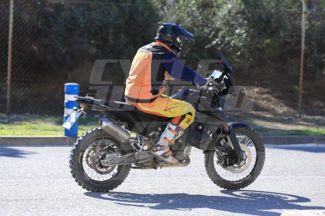 KTM800Adventure 02