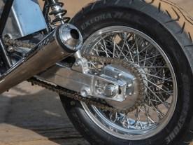 Ganz klassisch: das 15 Zoll Speichen-Hinterrad von Akront