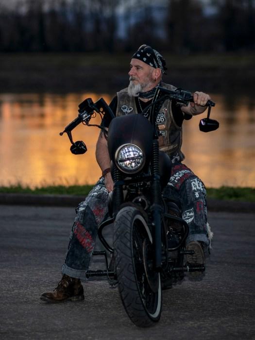 »Wenn es dir nicht mehr gefällt, dann ändere es«, hat sich Sascha gesagt und sein Bike komplett umgestylt