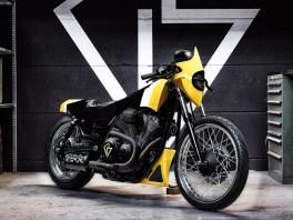 Sieht aus wie eine Skulptur, fährt aber wie ein Serienbike: Weil Tom Mosimann sich auf Bodyworks spezialisert hat, dem jeweiligen Bike aber die Serienkomponenten in Sachen Motor und Fahrwerk lässt, bestehen seine Kreationen jede TÜV-Prüfung – sogar in der diesbezügich sehr strengen Schweiz
