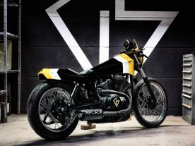Unterm Bodywork werkelt Yamahas luftgekühlter 950er-Vierventil-V2 mit 52 PS