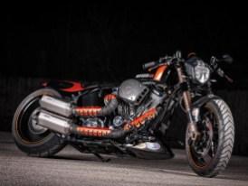 Ultima-Monstermotor und flache Rennoptik