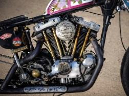 Sichtbare Mechanik, viel Metall statt Plastik, eine offen laufende Kette und jede Menge Details. Was will man mehr?
