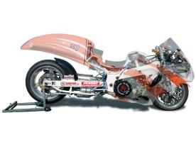 Schwinge: Spondon • Shifter: MRE Electric over Air Shifter • Motor: Hubraum 1300 ccm • Turbolader von Turbo-Total • verstärkte Kopfdichtung • geänderte Nockenwellen • Carillo-Pleuel • JE-Kolben • geänderter Öldruck • mechanischer Kettenspanner • frei programmierbare Zündung