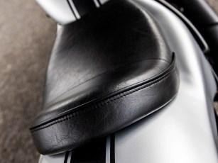 Knackig: Sowohl Einzelsitz als auch Heck sind kurz und knapp gehalten