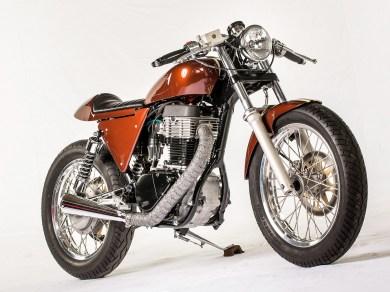 135 Kilo wiegt die Suzuki, das ist für die vergleichsweise niedrigen Leistungsdaten mehr als okay. Dazu gibt sich der Cafe Racer unglaublich handlich, »fast wie Fahrrad fahren«
