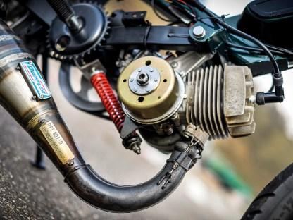 Die Leistungssteigerung des Motors machte auch den Einsatz einer neuen Auspuffanlage nötig. Die stammt vom Spezialisten Doppler