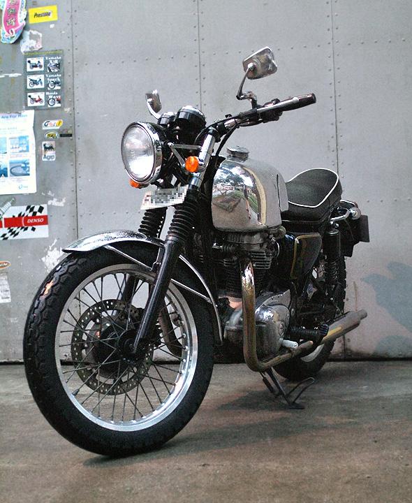 kawasaki, singapore, w650, caferacer, custom motorcycle, classic motorcycle, 650cc