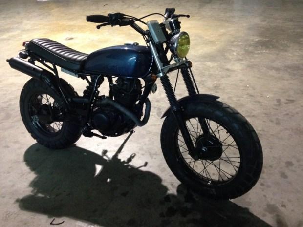 custom,tw200,yamaha,tracker,bratstyle
