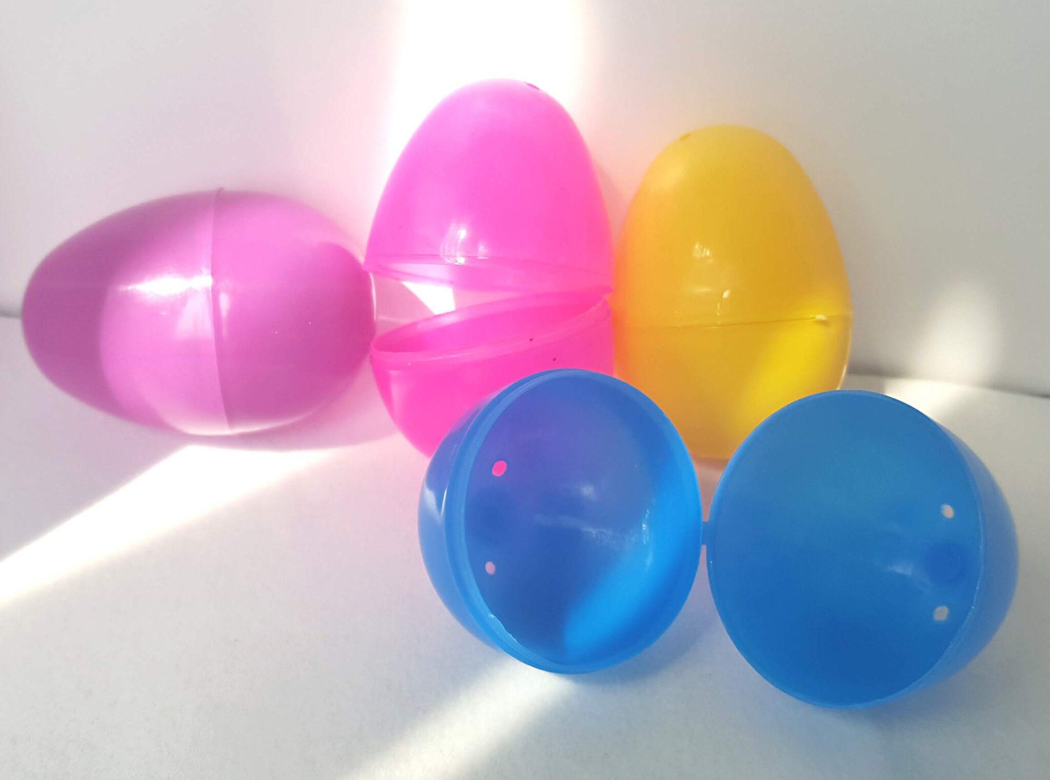 eggs plastic