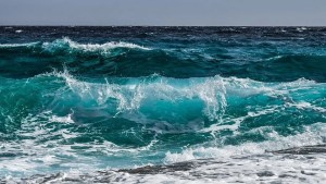Greeny Blue Waves of the Ocean2
