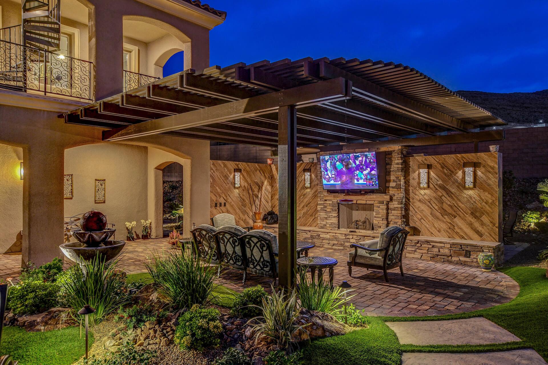 custom patio cover contractor of