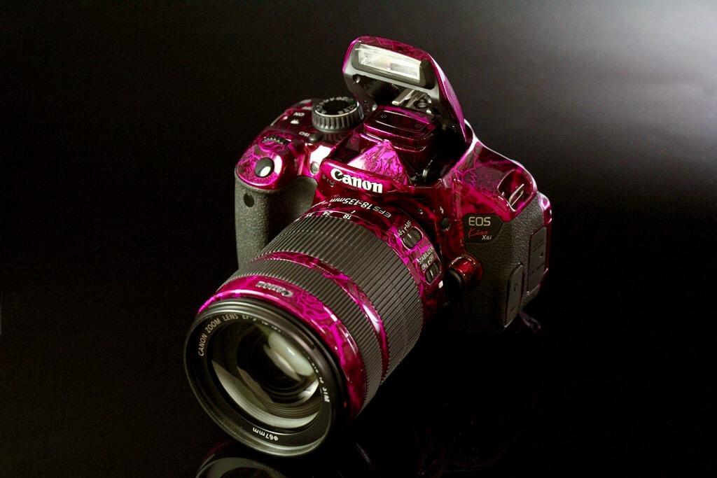 Canon EOS Kiss X6i paint