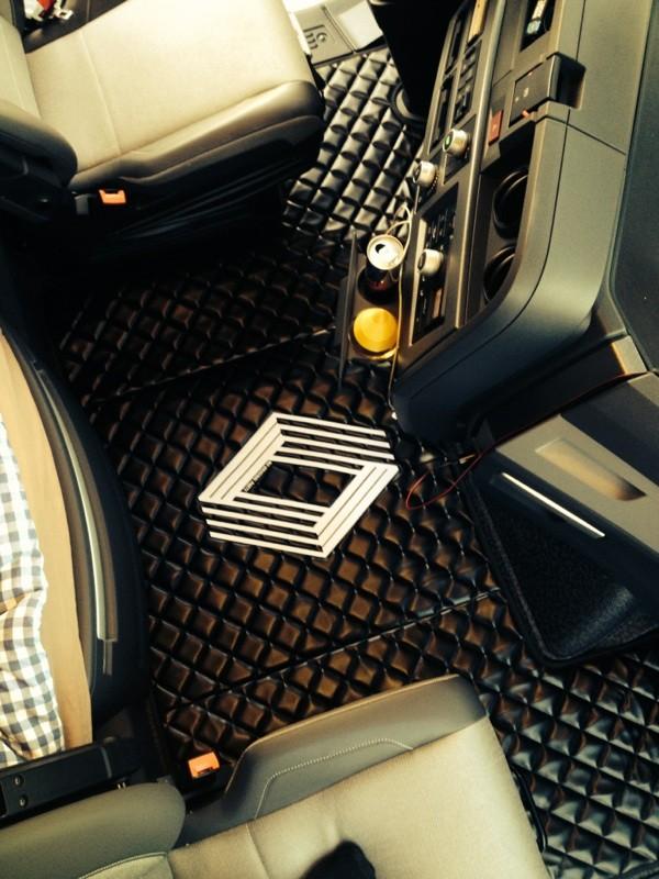 capot moteur tapis de sol renault t range avec logo