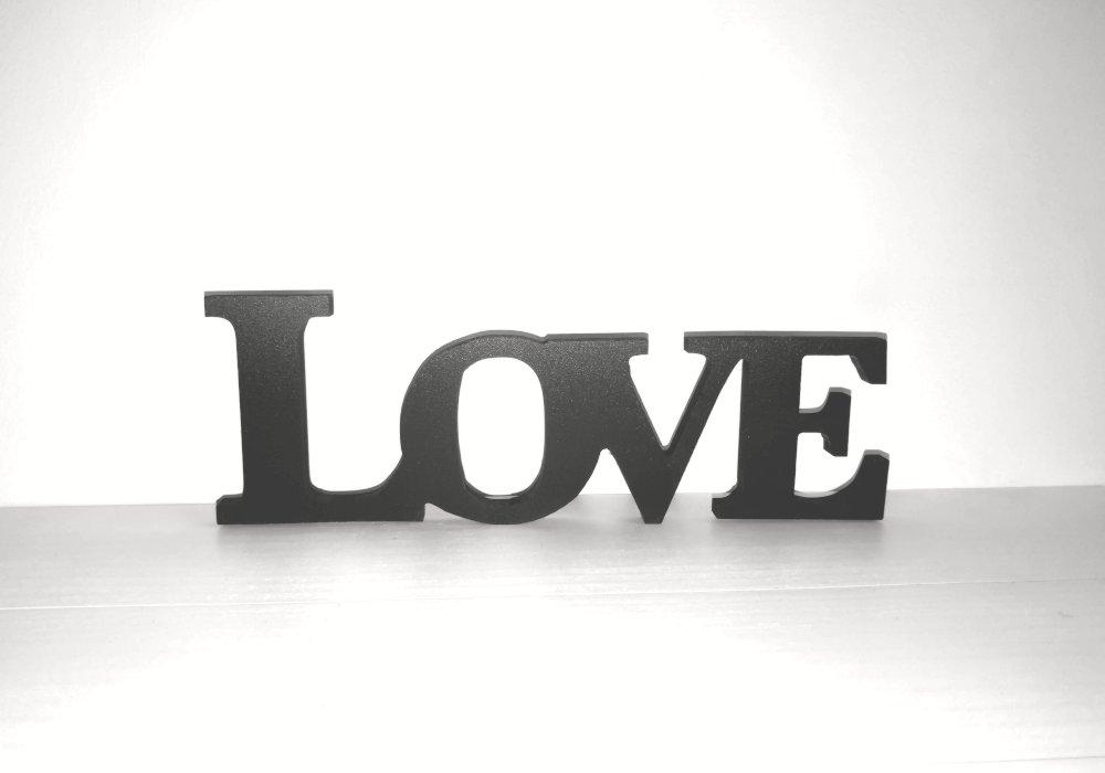 Letras LOVE pequeñas