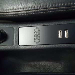 C5 USB Power Panel v2 w/rings