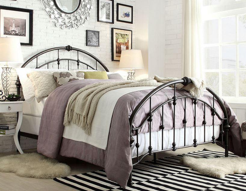 7 Beautiful Metal Queen Size Beds