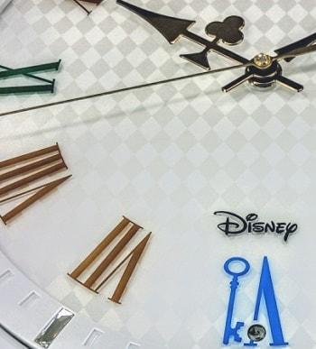 alicetokei04 min - SEIKO(セイコークロック)さんからミッキーマウス&ミニーマウス / ふしぎの国のアリスをモチーフにした時計が発売されます。キュート♥