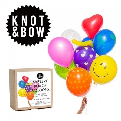 ballon02 min - パーティーバルーンがクリスマスを楽しく盛り上げてくれる!!KNOT&BOW's 紙吹雪バルーン!