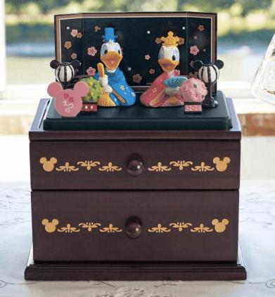 hina02 min - 桃の節句には、ディズニー雛人形を飾りたい!!