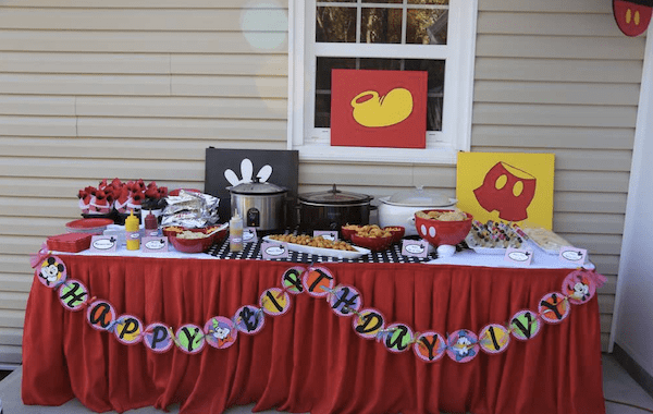 party04 min - ホームパーティーがこんなに素敵になる|ディズニーテーマのパーティーをご紹介