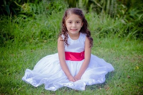 dress02 min - 子供のピアノ発表会 どんな衣装(ドレス)を選ぶ?〜 注意点など。