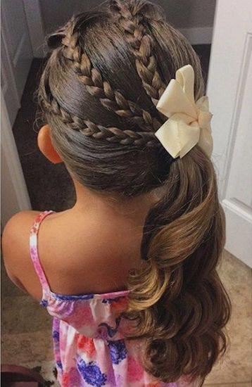 girl01 min - ママが簡単にできる「女の子のヘアスタイル」〜 ディズニー 発表会 結婚式 シチュエーション別の髪型をご紹介
