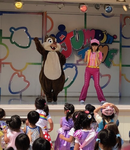 cast03 min - 「ディズニーキャストになりたい」ディズニーには子供の夢を叶えるチャンスがある!!