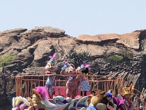 pare03 min - ディズニーで初めての「ショー」「パレード」を観る際に知っておきたいこと