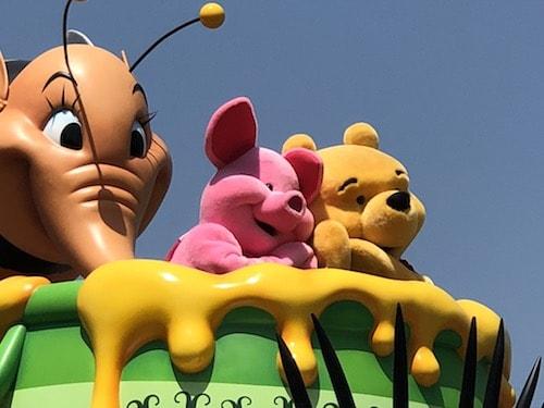 pqre04 min - ディズニーで初めての「ショー」「パレード」を観る際に知っておきたいこと