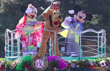 newyear02 min - 2019年東京ディズニーリゾートお正月「プンバァ」が主役〜開演時間、混雑具合はどうなの?