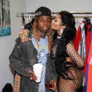 Nick Minaj And Lil Wayne Hangs Out Together With Her Half Unclad Outfit