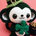st-patricks-day-monkey-amigurumi