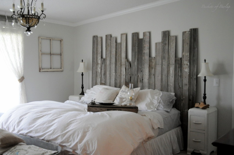 50  Outstanding DIY Headboard Ideas To Spice Up Your Bedroom      Cute     DIY Rustic Headboard For Your Master Bedroom