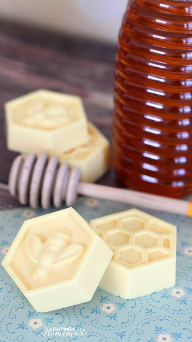 10-Minute DIY Milk and Honey Soap