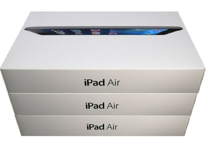 Apple iPad Air - 9.7-inch, Space Gray, 32GB, Wi-Fi Only, Exclusive Bundle Deal